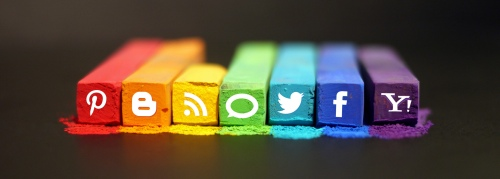 The Art of Social Media by mkhmarketing on Flickr https://www.flickr.com/photos/mkhmarketing/8468788107/in/pool-socmed