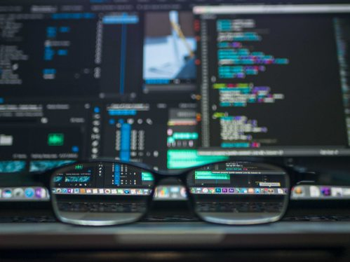 coding-computer-data-577585